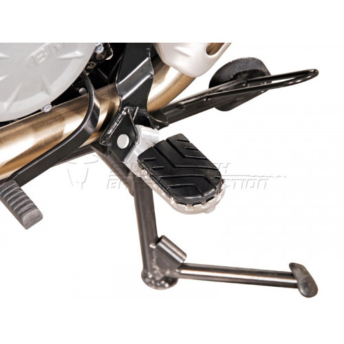 SW-MOTECH Wide Footpeg Kit - F650GS / Dakar / G 650 GS